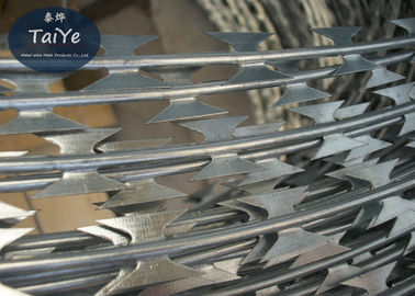 China Steel Wire Material and Galvanized Surface Treatment Standard BTO-22 Blade Sharp Razor Barbed Wire factory